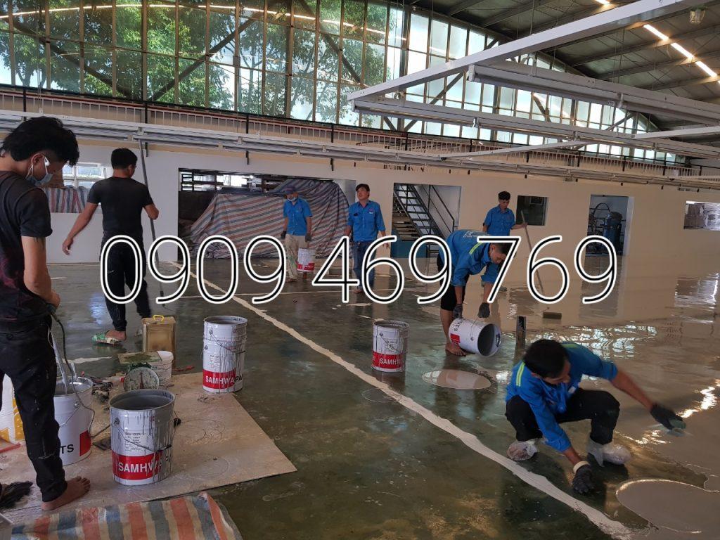 Đổ lớp sơn epoxy sàn công nghiệp dày 1mm đến 2mm