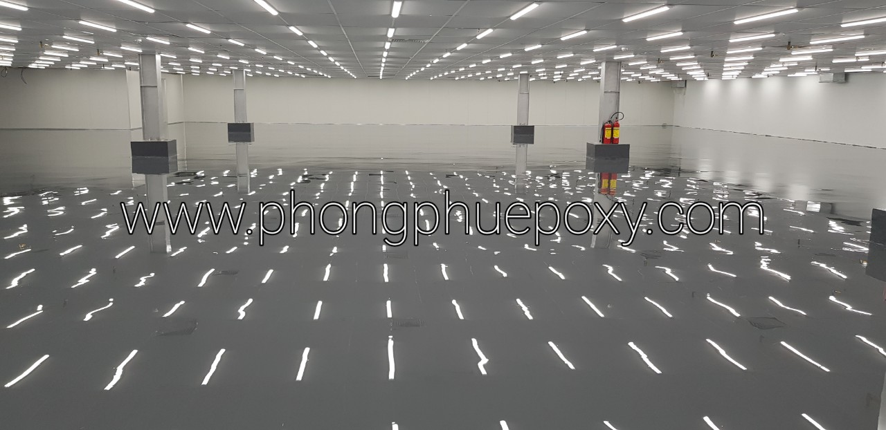 https://phongphuepoxy.com/wp-content/uploads/2021/07/thi-cong-son-epoxy-tu-san-phang-5.jpg